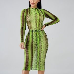 Dresses & Skirts - Neon Snakeskin Printed Skirt Set